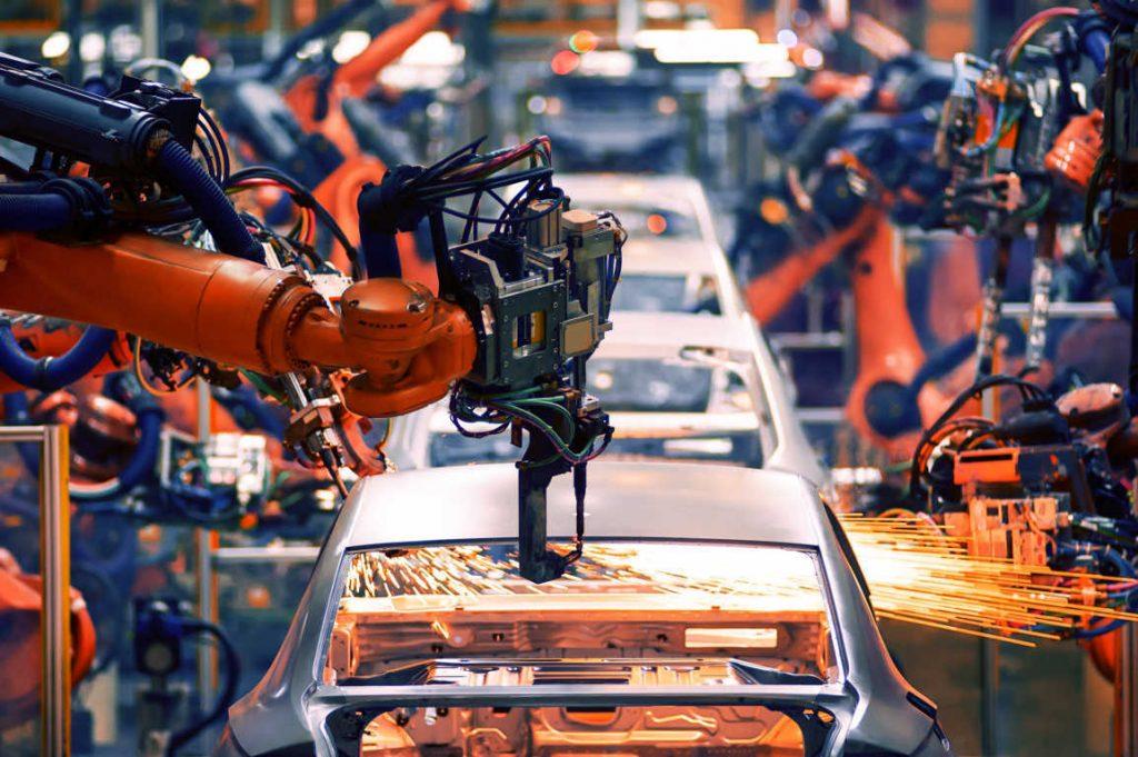 La producción de coches, una actividad básica para nuestra economía y a la que el sector público debe apoyar más